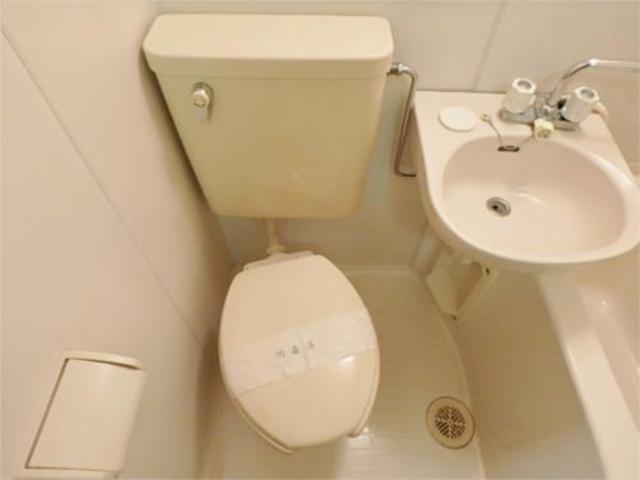アレイ南大沢トイレ