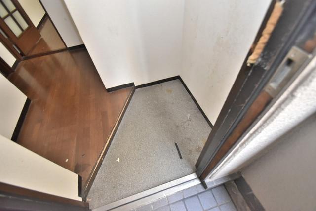 湊川マンション 素敵な玄関は毎朝あなたを元気に送りだしてくれますよ。