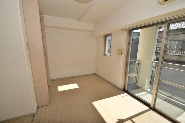 メゾン・ド・成屋大阪 朝には心地よい光が差し込む、このお部屋でお休みください。