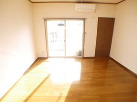 https://image.rentersnet.jp/1bbed358-2875-4da4-b2c0-4b15ad87c055_property_picture_957_large.jpg_cap_居室