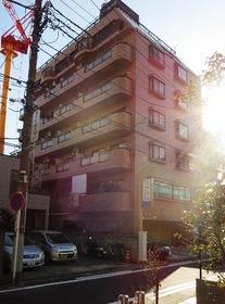 人気の川崎駅西口エリアに立地します
