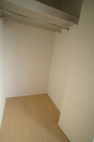 グランデール 201号室