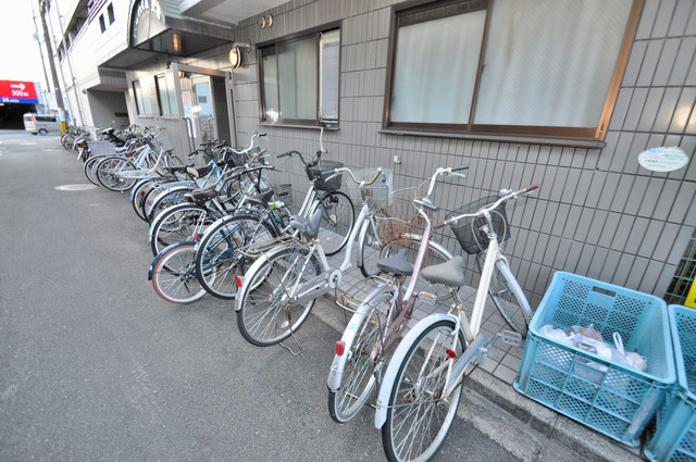 YOUハイム衣摺 あなたの大事な自転車も安心してとめることができますね。