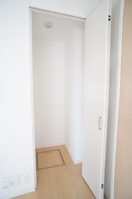 グレース横浜 302号室