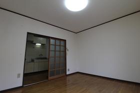 https://image.rentersnet.jp/1ca954fd-bf6f-41ae-a99c-8454ab75c232_property_picture_958_large.jpg_cap_居室