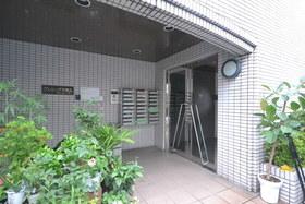 プレシーザ本駒込エントランス