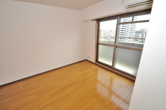 ラ・フォンテ今里 解放感たっぷりで陽当たりもとても良いそんな贅沢なお部屋です。