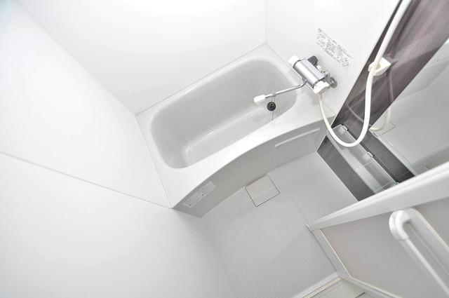 ニューライフ深江南 ちょうどいいサイズのお風呂です。お掃除も楽にできますよ。