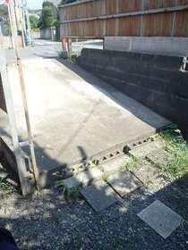 石川貸家 9駐車場