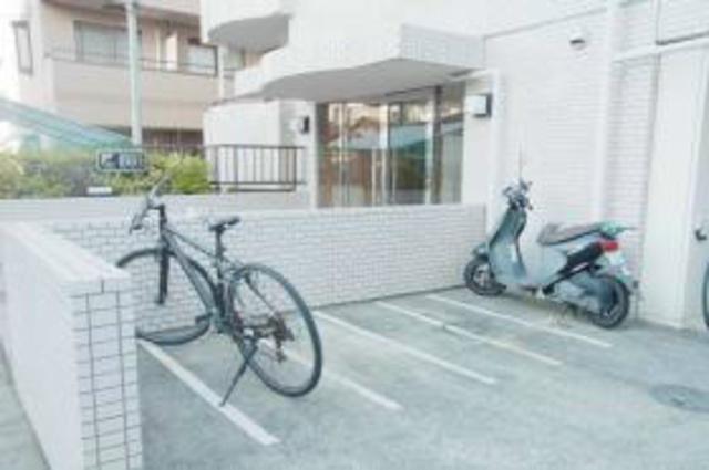 スカイコート宮崎台第2駐車場