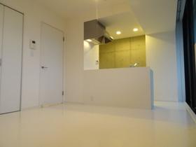 https://image.rentersnet.jp/1d7f35fa-9c87-42cf-8ed0-919385b12951_property_picture_958_large.jpg_cap_居室