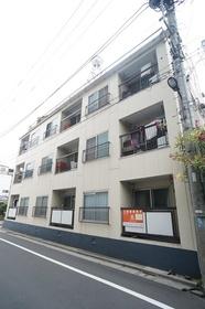 総武線「錦糸町」駅徒歩9分です