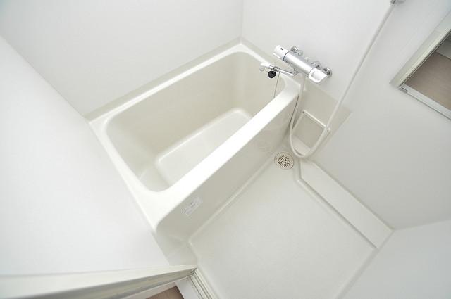 シャラロステ ちょうどいいサイズのお風呂です。お掃除も楽にできますよ。
