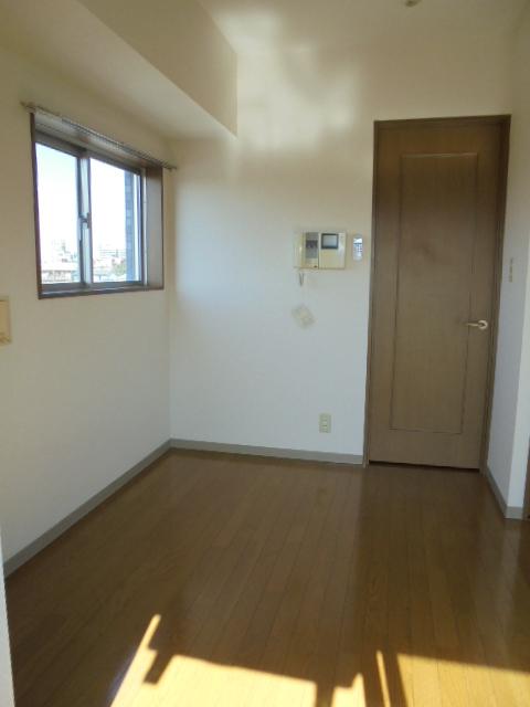 スカイコート高田馬場第5居室