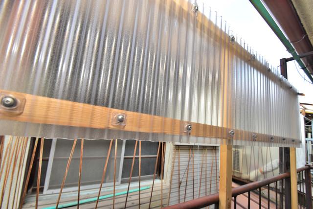 大蓮南2-15-9 貸家 目の前に建物がありますがこのように日も入ってきます。