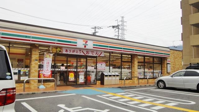 ハイツ笹 セブンイレブン東大阪吉田5丁目店