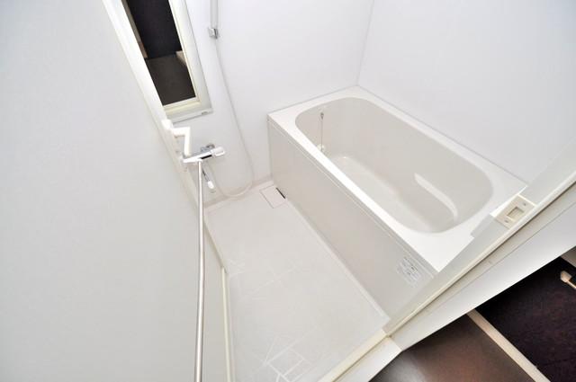アビタシオン巽 ゆったりと入るなら、やっぱりトイレとは別々が嬉しいですよね。