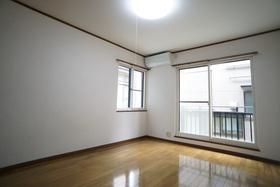 https://image.rentersnet.jp/1f211dff-6315-4179-bf61-d99ccd90da41_property_picture_956_large.jpg_cap_居室
