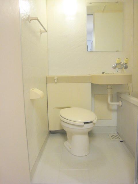 パークアヴェニュー新宿西トイレ