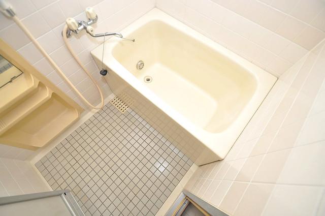 マンションRIVIERE 一日の疲れを洗い流す大切な空間。ゆったりくつろいでください。