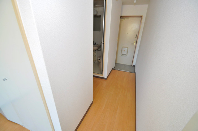 コンドミニアム太平寺 素敵な玄関は毎朝あなたを元気に送りだしてくれますよ。