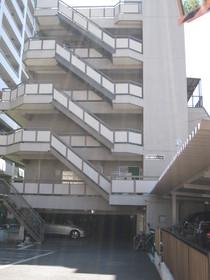 第三東個マンション 601号室