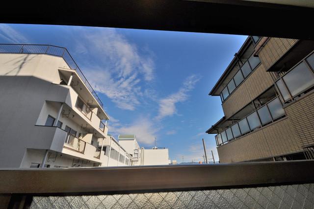 OMレジデンス八戸ノ里 この見晴らしが日当たりのイイお部屋を作ってます