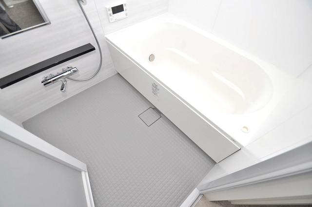 Grand Regis 足が伸ばせる広い浴槽はナイスですね!