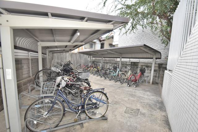 ディナスティ玉造 あなたの大事な自転車も安心してとめることができますね。