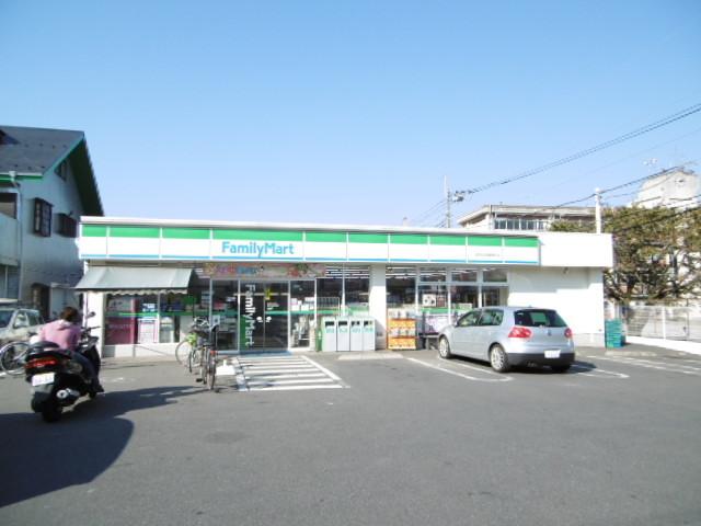 グランモアA[周辺施設]コンビニ