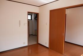 https://image.rentersnet.jp/223c6054-6ffe-42ee-8fb4-6656a81054ae_property_picture_2419_large.jpg_cap_居室