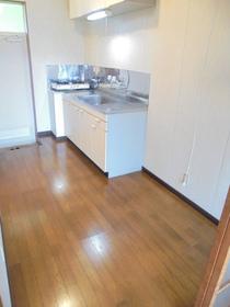 https://image.rentersnet.jp/2254f717-6944-4f26-bed3-741d21f48247_property_picture_3186_large.jpg_cap_キッチン