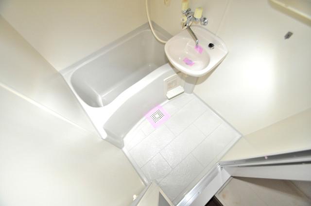 メゾン・ド・ソレイユ ちょうどいいサイズのお風呂です。お掃除も楽にできますよ。