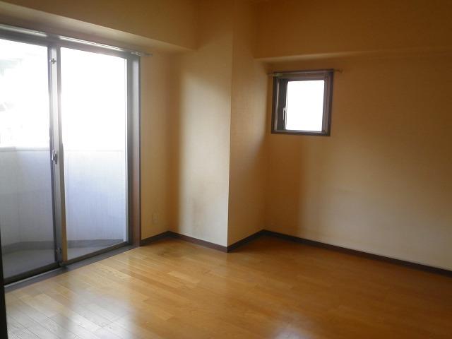 ティーリーフ横浜モデルノ居室