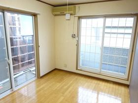 https://image.rentersnet.jp/2312b09d-8247-4781-83ab-9a970890a865_property_picture_1991_large.jpg_cap_居室