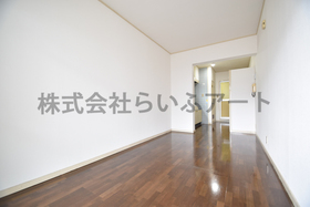 エレガンスハイツ平尾 : 3階居室