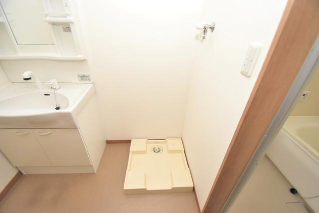 タケハウス5 嬉しい室内洗濯機置場。これで洗濯機も長持ちしますね。