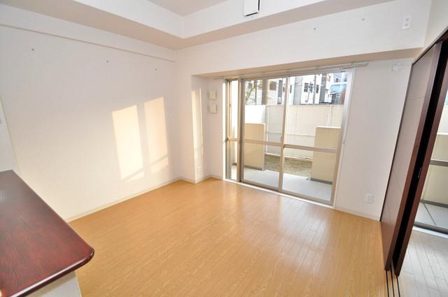 コート グランシャリオ 解放感たっぷりで陽当たりもとても良いそんな贅沢なお部屋です。