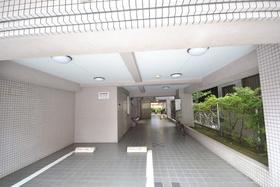 木場駅 徒歩7分エントランス