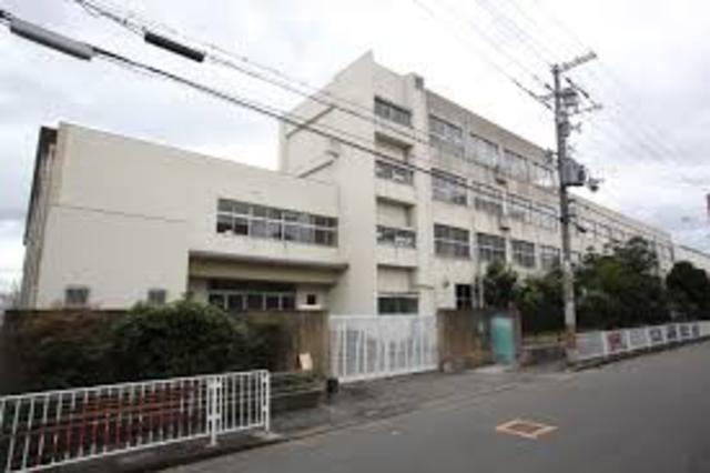アドバンス渋川 ペントハウス 東大阪市立柏田小学校