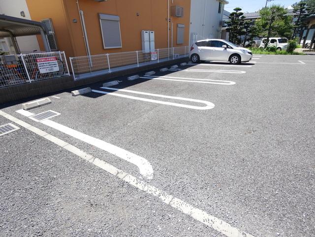 アクティブⅣ駐車場