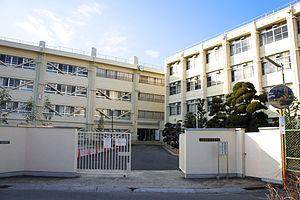 メゾン朝日八戸ノ里 私立大阪商業大学