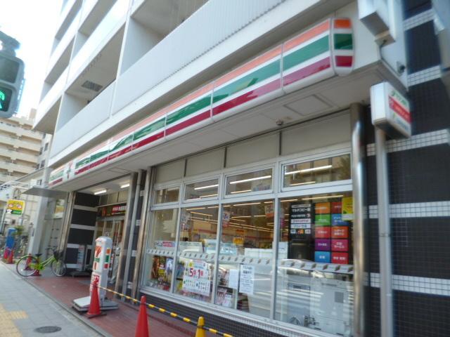 地下鉄成増駅 徒歩1分[周辺施設]コンビニ
