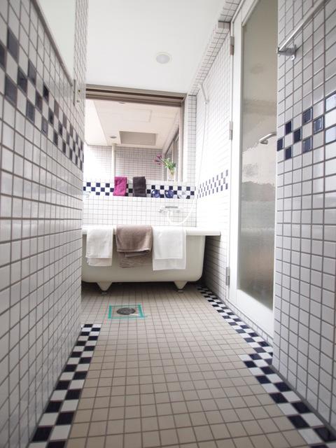 麻布十番駅 徒歩3分居室