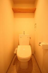 https://image.rentersnet.jp/24188b1a-c2b1-4e28-9e21-7ccec5085e96_property_picture_1992_large.jpg_cap_トイレ