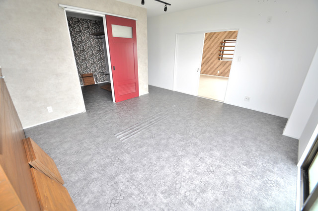 第2シャトー新町 明るいお部屋はゆったりとしていて、心地よい空間です