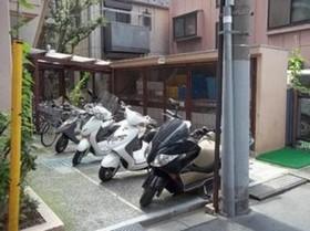 グランドメゾン駒沢駐車場