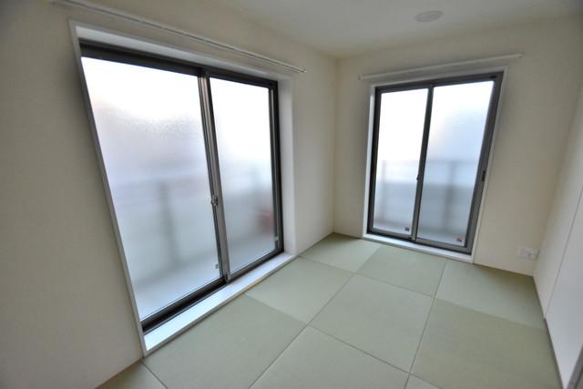 シャーメゾンアマヤハイツ もうひとつのくつろぎの空間、和室も忘れてません。琉球畳ですよ。
