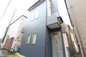 https://image.rentersnet.jp/24882abb-606b-4c75-93ec-255c2788a1f6_property_picture_958_large.jpg_cap_エントランス