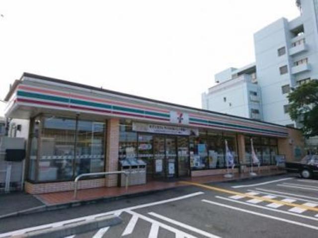セブンイレブン堺浜寺諏訪森町店